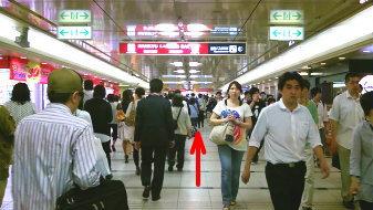 御堂筋線梅田駅3